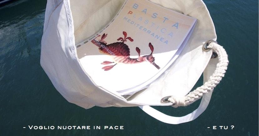 usa una borsa in vela riciclata